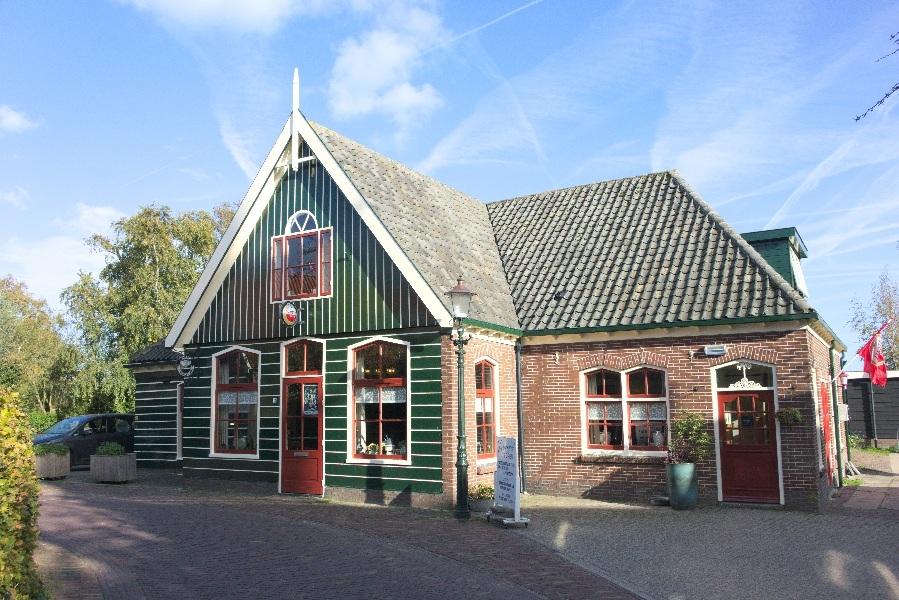 191003-15-Driehuizen, café De Vriendschap