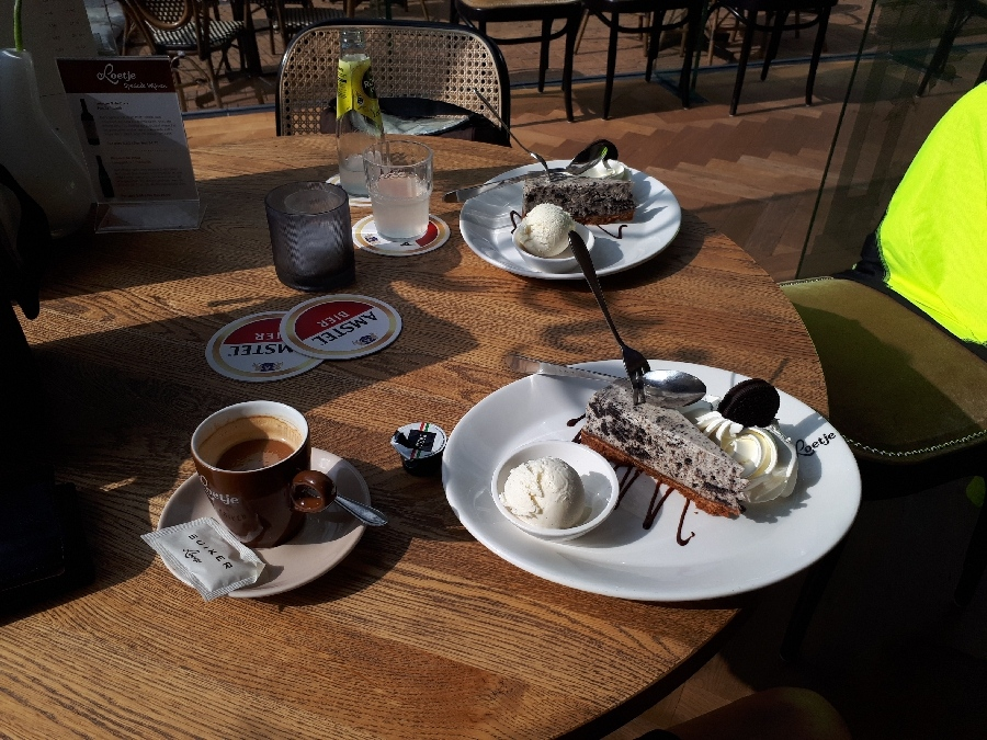 190829-00e-Koffie-met-gebak