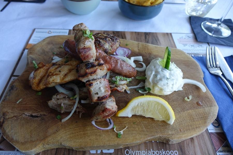 190919-14-Boskoop-diner-bij-Grieks-restaurant