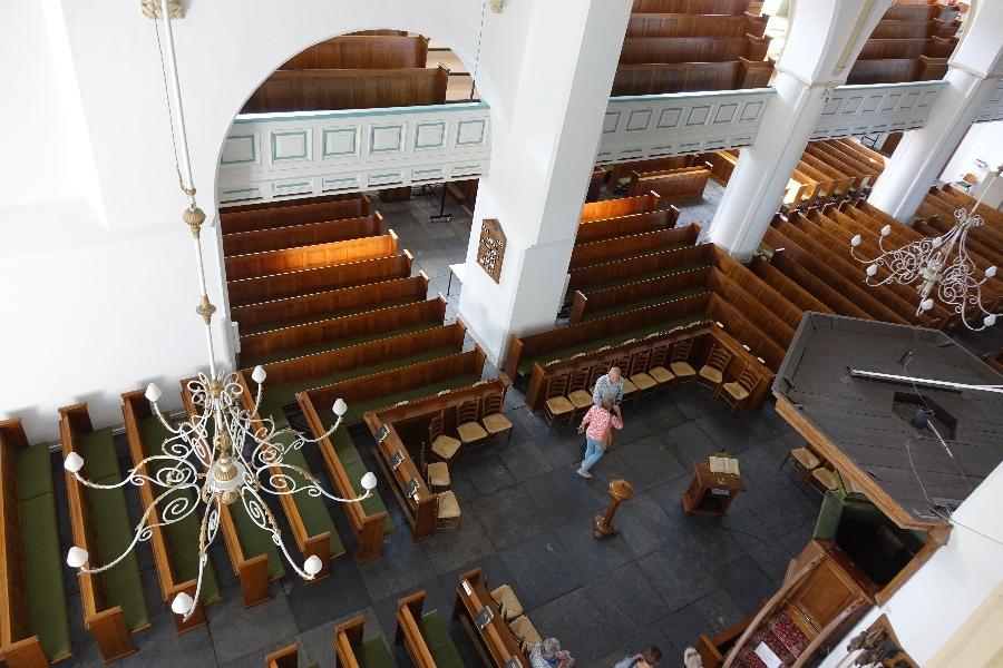 190914-14-Nijkerk-Grote-Kerk-kijkje-uit-het-nonnenluikje