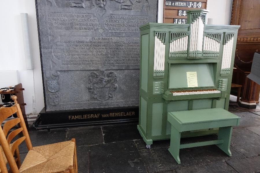 190914-16-Nijkerk-Grote-Kerk-orgeltje-gemaakt-door-Peter-Bakker
