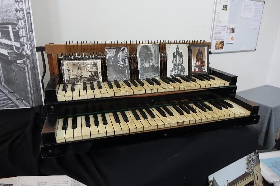 190914-18-Nijkerk-Grote-Kerk-orgelklaviatuur