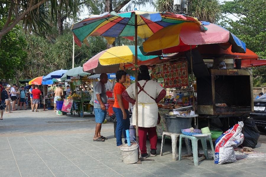 200130-08-Patong-Beach-stalletjes