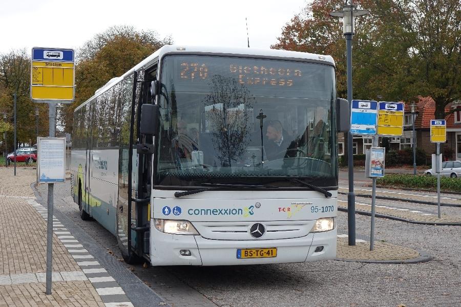 181025-01-Steenwijk busstation, Giethoorn Express