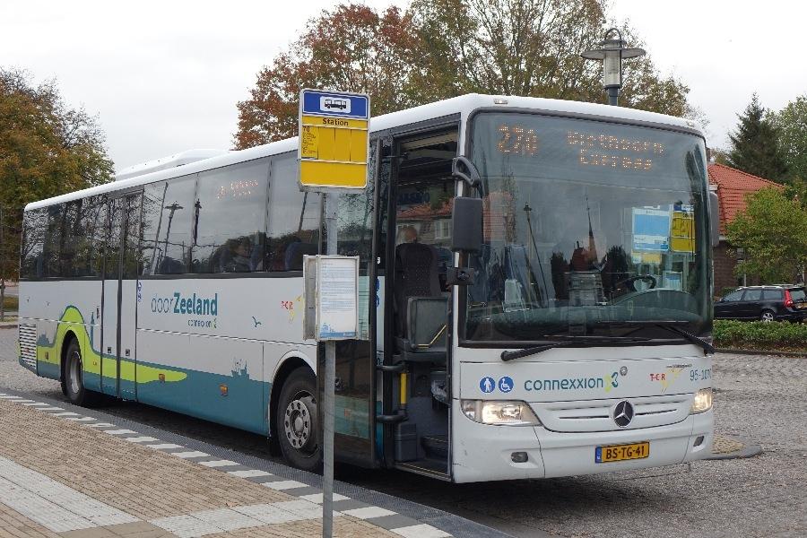 181025-02-Steenwijk busstation, Giethoorn Express